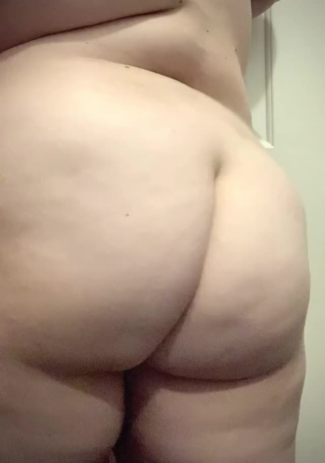 no thing like a bit o booty to get your day started!