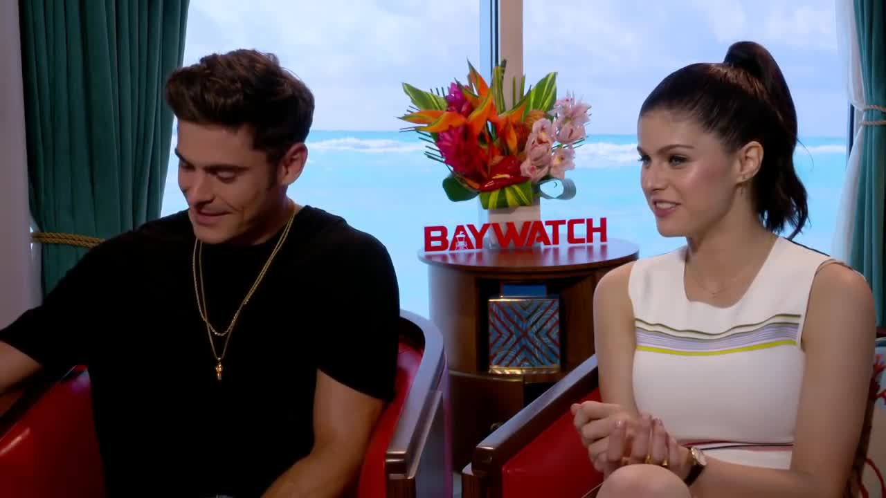 alexandra daddario, baywatch, interview, zac effron, zac efron, Zac Efron & Alexandra Daddario New Baywatch Full Interview GIFs