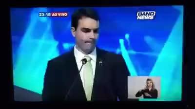 Watch and share Flavio Bolsonaro Passa Mal Em Debate GIFs on Gfycat