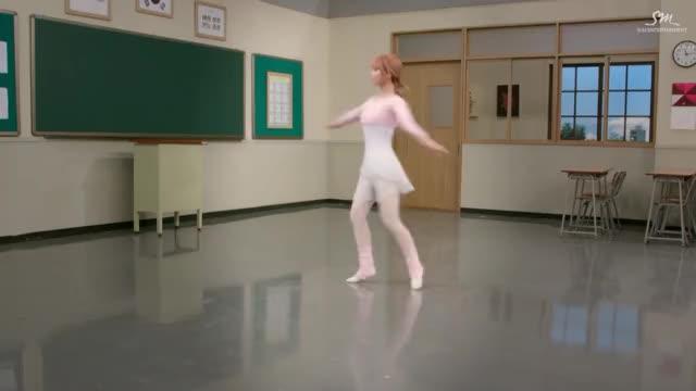 Watch Ballerina Momoring GIF by @tctctctctctctctctctc on Gfycat. Discover more kpop, momo, twice GIFs on Gfycat