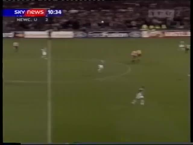Watch Feyenoord 2-3 Newcastle Utd. CL 2002-03 GIF on Gfycat. Discover more English, Holland, Rotterdam, cup tie, england, football, league, magpies, netherlands, premier league GIFs on Gfycat