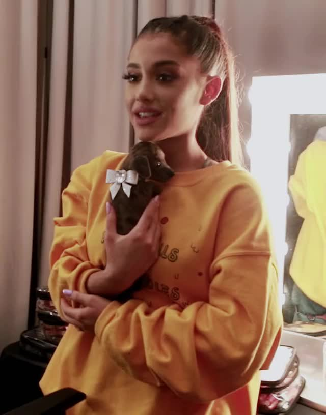 Watch and share 11-29-2018-DWTDHD66 GIFs by 😍 Ariana Grande Devotee 😍 on Gfycat