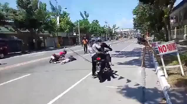 Watch and share Philippines GIFs and Accident GIFs by Vinegret on Gfycat