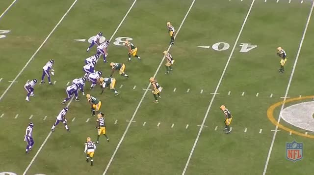 Watch Late to Wallace, near INT GIF on Gfycat. Discover more minnesotavikings GIFs on Gfycat