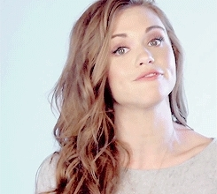 dailyhollandroden, dailyrodenholland, gif, holland roden, hollandroden, hollandrodendaily, hredit, precious, rodenholland, she looks so beautiful, Holland Roden for Meatless Monday x GIFs