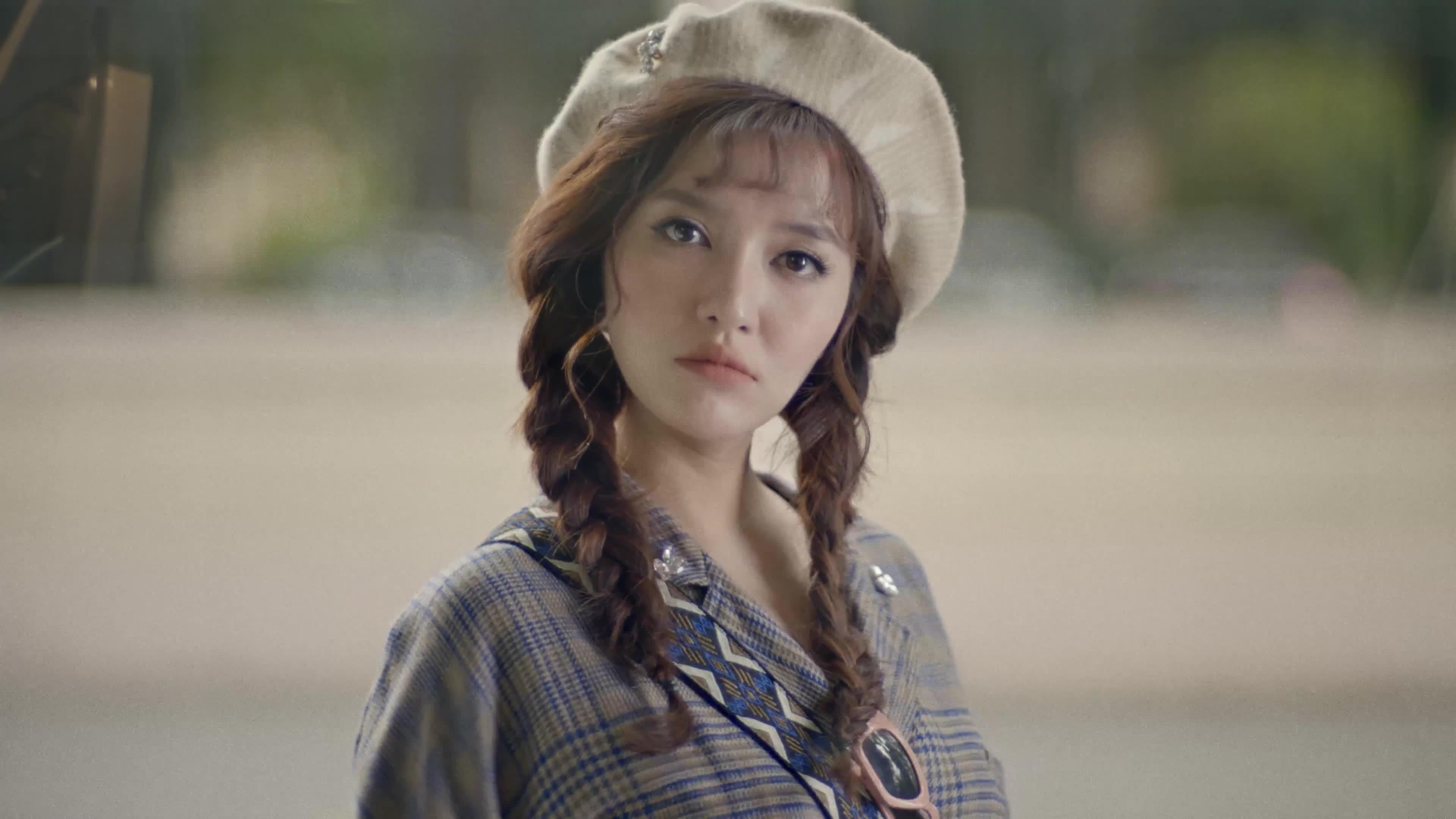 Những kiểu tóc vừa trẻ vừa xinh của Bích Phương có khiến bạn muốn bắt chước?