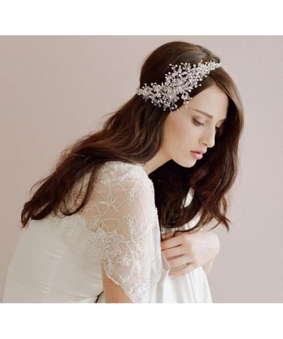 Watch and share Bridal Jewelry GIFs by 8090 Jewelry on Gfycat