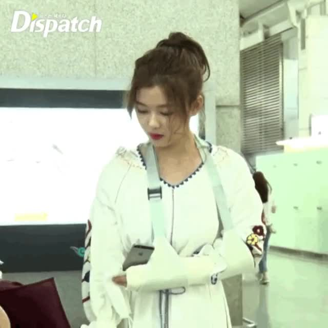 Watch and share more GIFs by Koreaboo on Gfycat