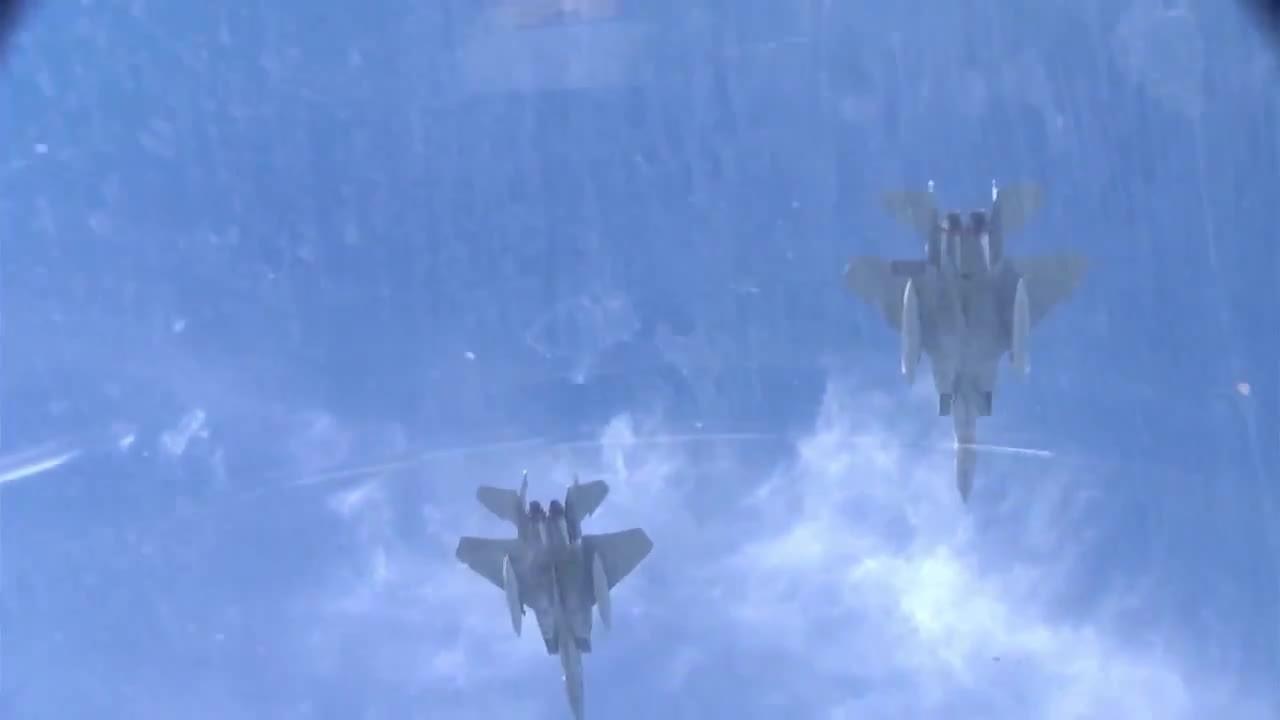 warplanegfys, F-15 Eagles Formation Over New Orleans • Cockpit Video (reddit) GIFs