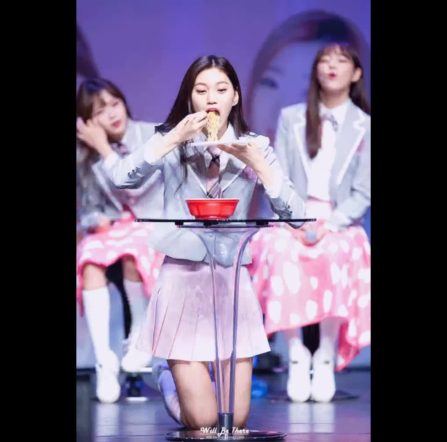 Produce101, produce101, Doyeon and Her Noodles GIFs