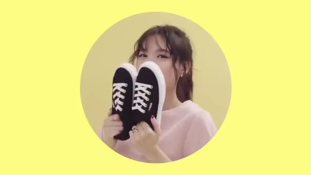 Watch this shoe GIF by Ahrigato (@ahrigato500) on Gfycat. Discover more celebs, kpop, music, nayeon, shoe, shoes, twice GIFs on Gfycat