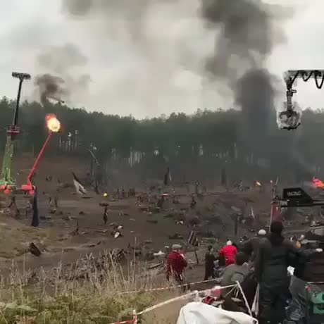Watch and share Behind-the-scenes-of-epic-battle GIFs on Gfycat