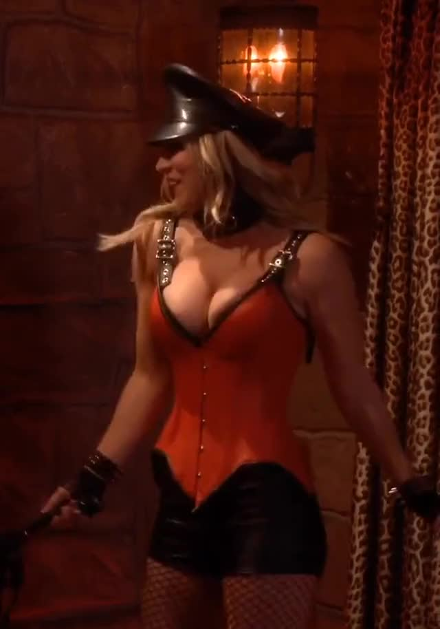 Watch Kaley Cuoco GIF on Gfycat. Discover more Kaley Cuoco, miseryfxctory, watchitfortheplot GIFs on Gfycat