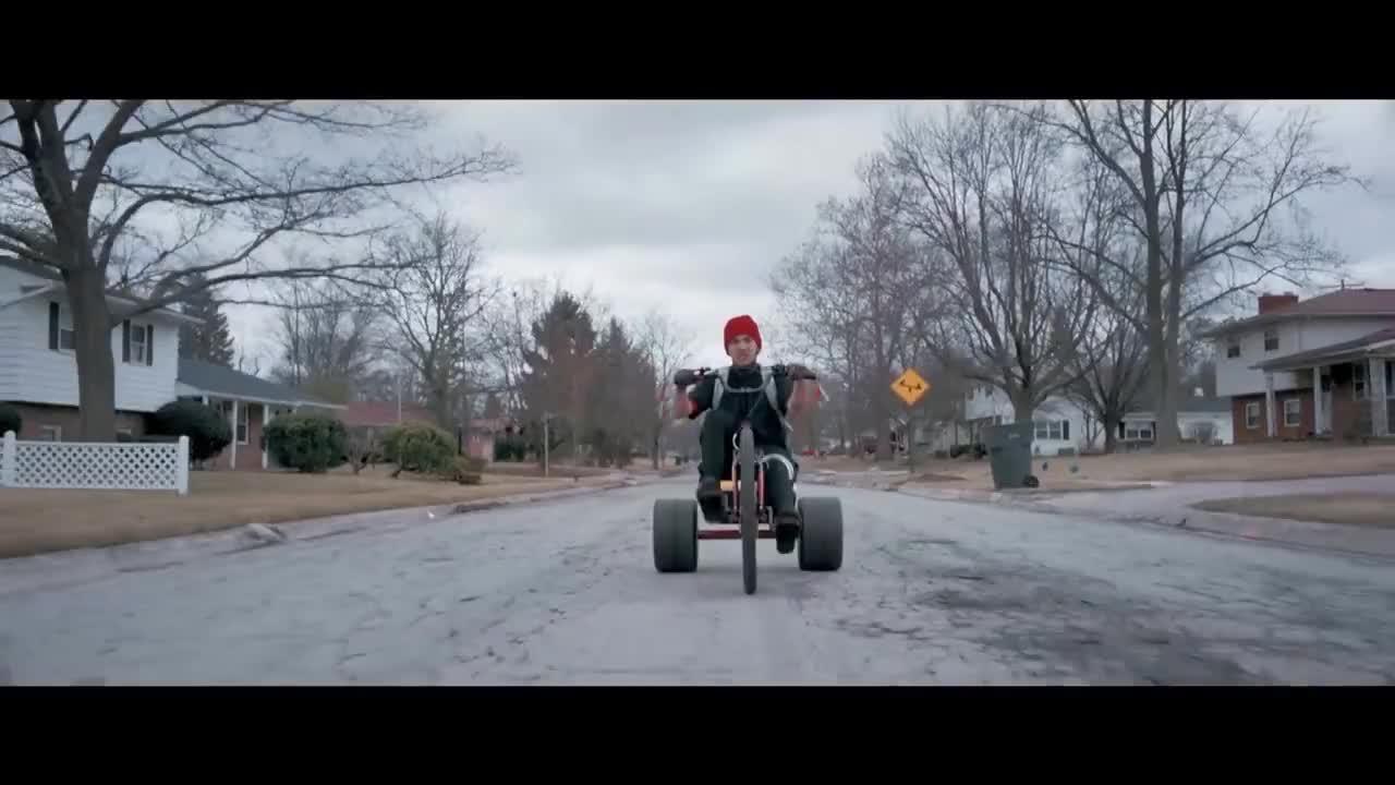 Top, blurryface, fbr, fueledbyramen, music, song, twentyonepilots, twenty one pilots: Stressed Out [OFFICIAL VIDEO] GIFs