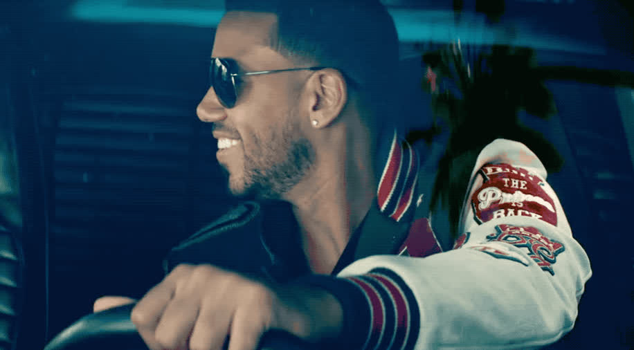 clip, funny, ha, haha, he, hehe, hilarious, laugh, lol, loud, omg, out, ozuna, romeo, santos, seriously, sexy, smile, sobredosis, video, Romeo Santos - Sobredosis ft Ozuna GIFs