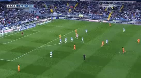 Watch and share Realmadrid GIFs and Reddevils GIFs by rokobased on Gfycat