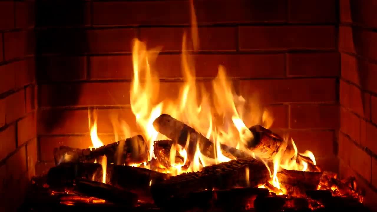 гифка камин с огнем чем