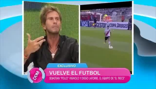 Watch and share Vignolo Y Latorre, Relatores Y Comentaristas De El Trece, Se La Jugaron GIFs on Gfycat