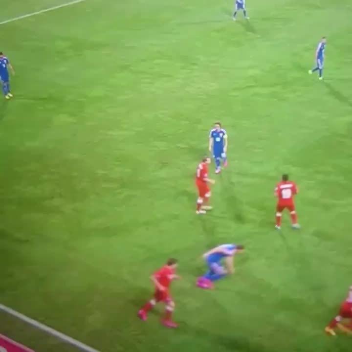 halamadrid, Modric's beautiful pass for Croatia (reddit) GIFs