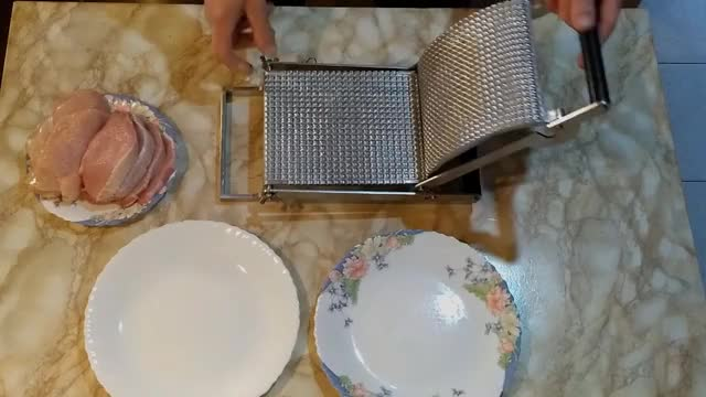 Watch and share Kitchen Appliances GIFs and Meat Tenderizer GIFs by moqualer on Gfycat