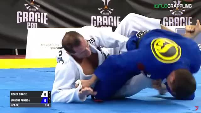 Watch and share Roger Gracie Vs Buchecha GIFs by dmkicksballs13 on Gfycat