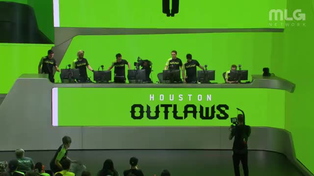 OverwatchLeague Playing Overwatch - Twitch Clips