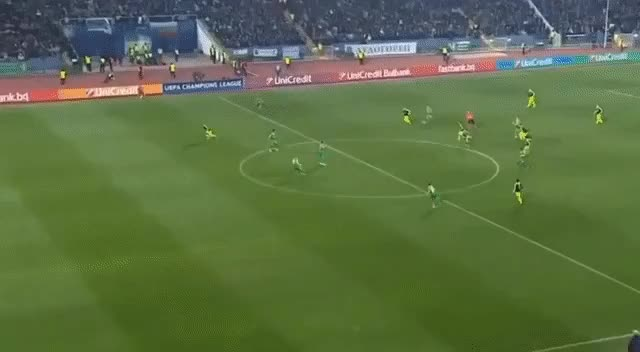 Watch and share 05 GIFs by Football24.ru on Gfycat