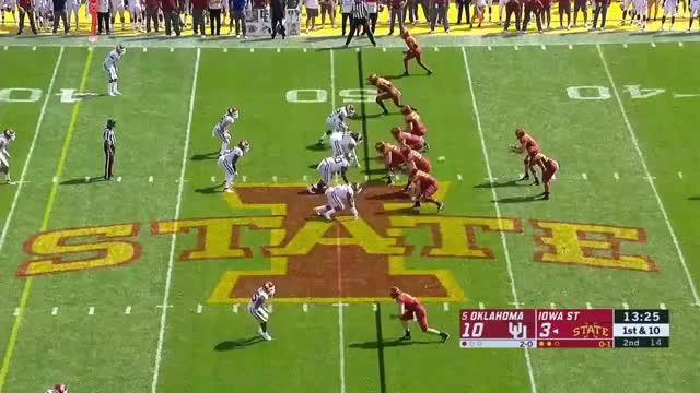 Watch and share College Football GIFs and Wide Receivers GIFs by sportsfanaticmb on Gfycat