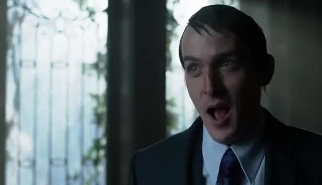 robin taylor, Gotham 2x16 - Oswald's past GIFs