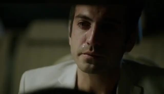 Watch and share Kuzey Güney 38.Bölüm Cemre Güney Sahnesi GIFs on Gfycat