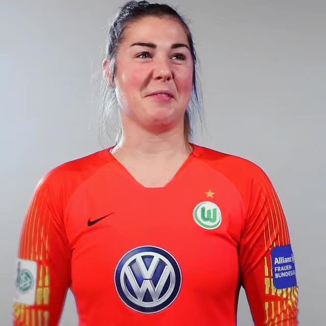 Watch and share 27 Jubel2 GIFs by VfL Wolfsburg on Gfycat
