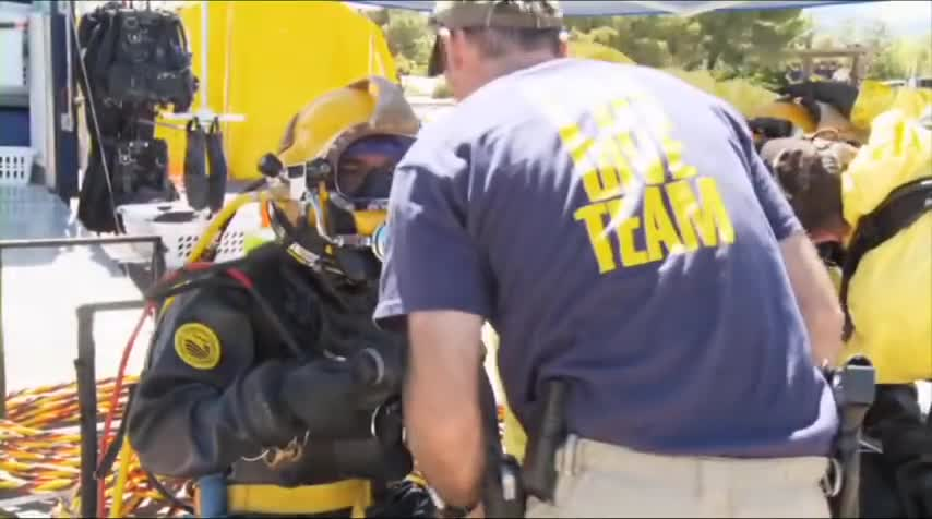 Bobby Chacon, FBI dive team, Federal Bureau of Investigation, Scuba Diving (Interest), Scuba diving, Team, Work, police diving, public safety diving, underwater evidence recovery, Careers in Diving: Interview with FBI Dive Team Leader, Bobby Chacon GIFs