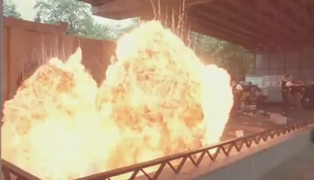 Explosion, Explosions GIFs