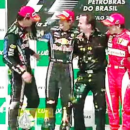 Watch We are Webbers GIF on Gfycat. Discover more 2010, :3, NEVER FORGET!, SO MUCH LOVE, awww i cant hasdkljsdçasl, christian horner, fernando alonso, hearteyes, look at them, mahhhrrrrrk, my gifs, sebastian vettel, uuggh, webbonso GIFs on Gfycat