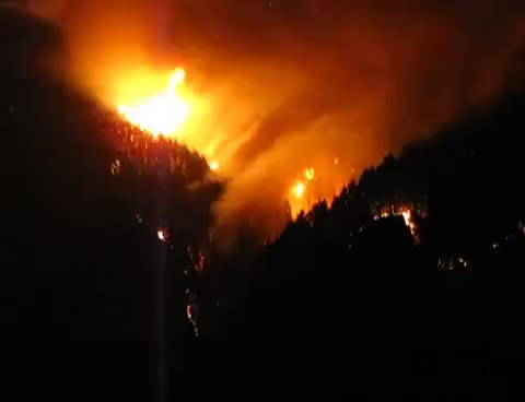 Watch and share EAGLE CREEK WILDFIRE AT CASCADE LOCKS MONDAY NIGHT 09 04 2017 GIFs on Gfycat