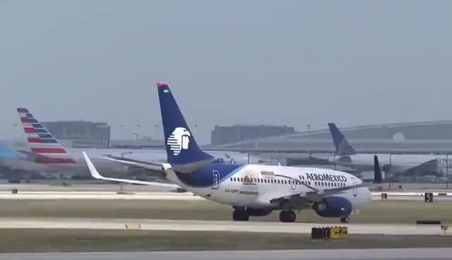 Watch and share (HD) 50+ Minutes Of Plane Spotting - Watching Airplanes At Chicago O'Hare International Airport GIFs on Gfycat