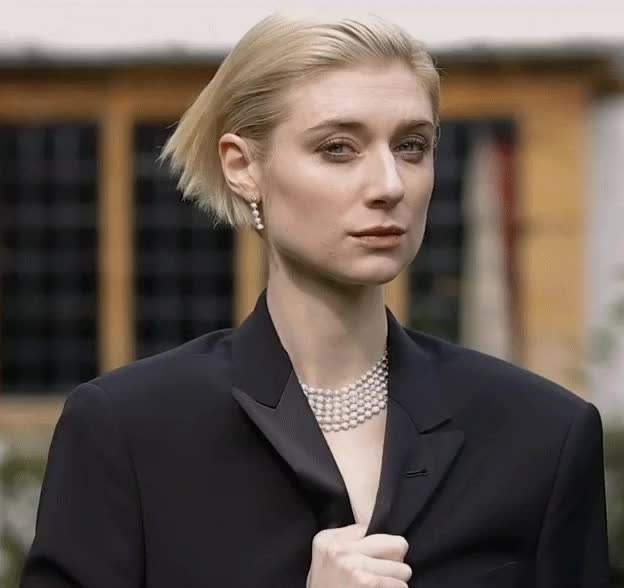 Watch and share Elizabeth Debicki GIFs and Wink GIFs by shapesus on Gfycat