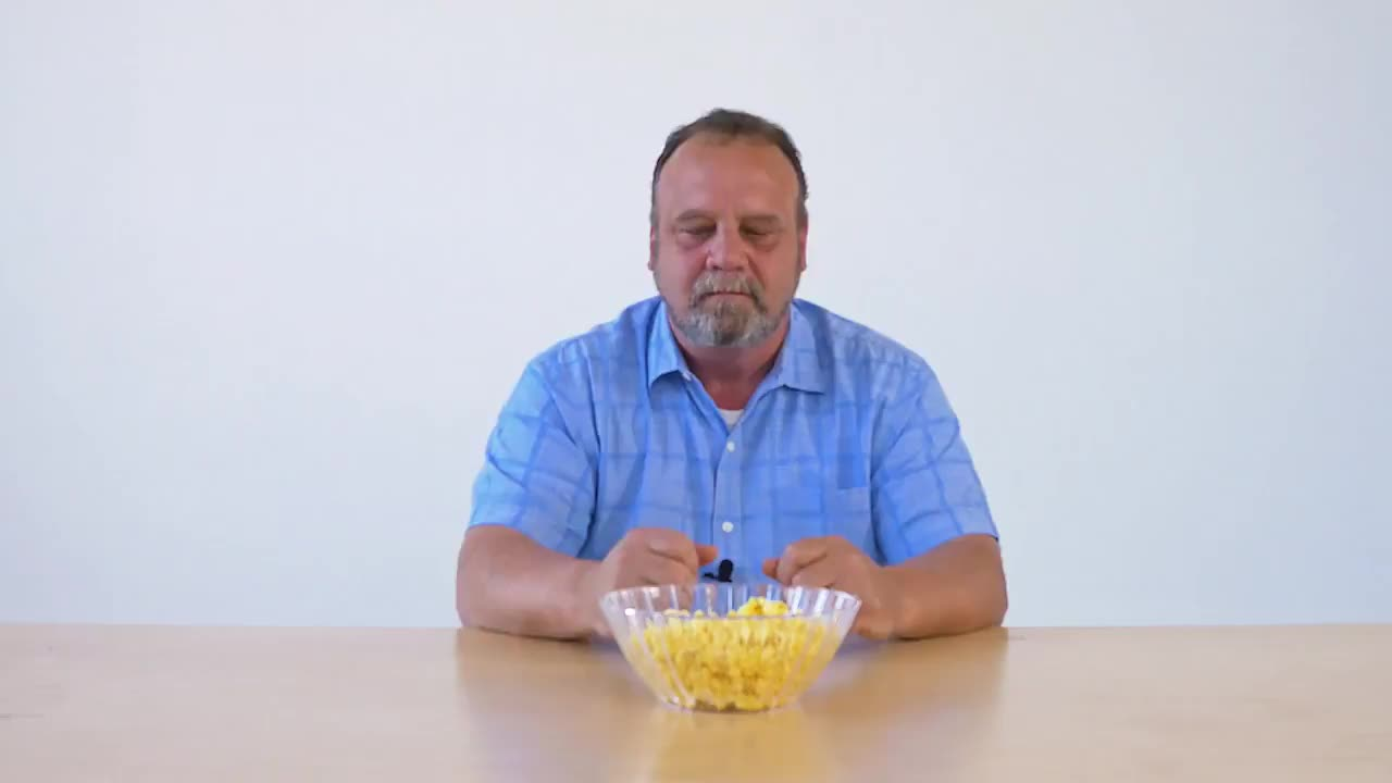 People & Blogs, man eating food, popcorn, popcorn GIFs