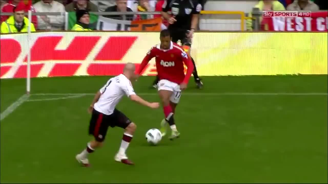 Dimitar Berbatov Hat Trick Vs Liverpool 2010 HD GIF