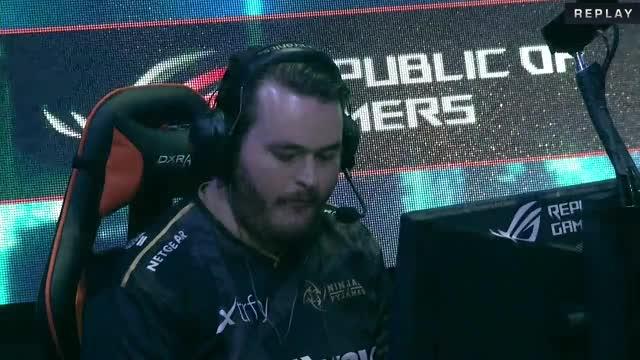 LIVE: Astralis vs Ninjas in Pyjamas [BO3] - DAY 4 - DreamHack Masters Las Vegas 2017