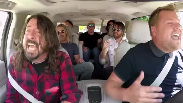 Watch and share Dave Grohl GIFs and Fighters GIFs by Reactions on Gfycat