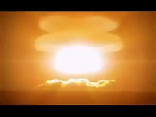 Watch and share Explosion D'une Bombe Nucleaire GIFs on Gfycat