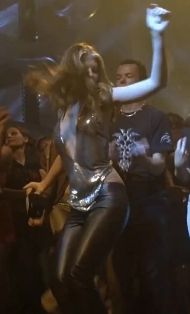 Watch and share Michelle Trachtenberg GIFs by chewbactimus on Gfycat