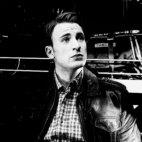 Steve Rogers X Reader Gifs Search | Search & Share on Homdor