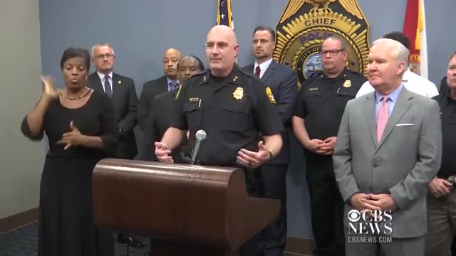 Watch Sign-language interpreter criticized for police press conference performance GIF on Gfycat. Discover more Announcement, Florida, Tampa, cat-news, cbsn, deaf, fake, gibberish, inside_edition, interpreter, language, police, sign, sign-language, video GIFs on Gfycat
