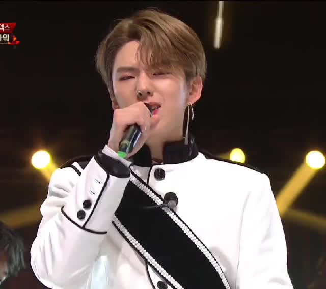 Watch Kihyun The Great GIF by CamCam (@camcam) on Gfycat. Discover more Beautiful, Dramarama, K-Pop, Kihyun, MBC, MBC Gayo, MX, Monbebe, Monsta X GIFs on Gfycat