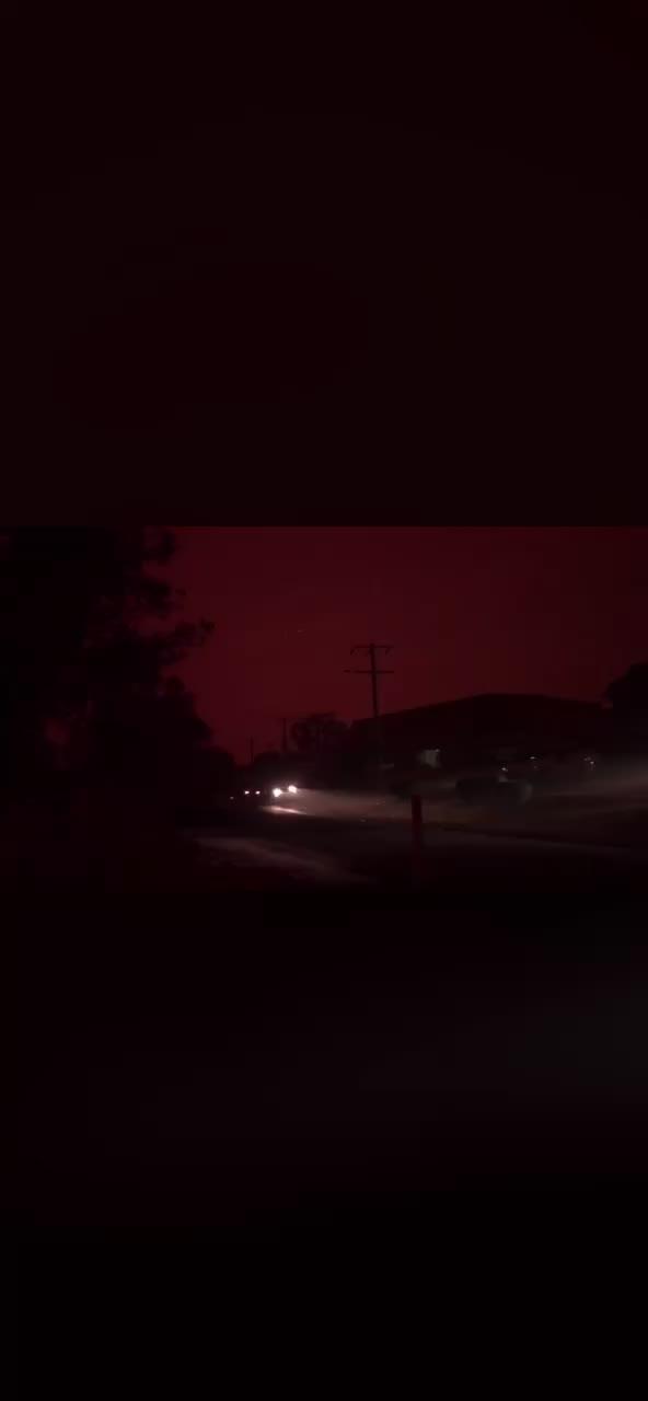 Watch and share Australian Bushfires GIFs by bobjay on Gfycat