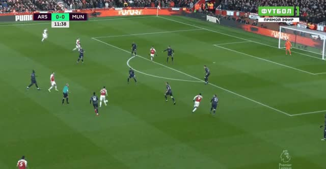 Watch and share Manchester United GIFs and Arsenal GIFs by FIFPRO Stats on Gfycat