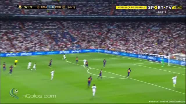 Watch and share (www.nGolos.com) Real Madrid [2]-0 Barcelona - Benzema 39' (Super Cup - 1st Leg) GIFs on Gfycat