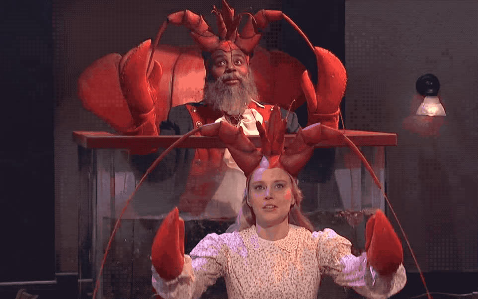 alive, cook, couple, diner, god, kate, live, lobster, lol, night, please, pray, sad, saturday, sky, snl, thank, thanks, up, you, SNL - Diner lobster GIFs